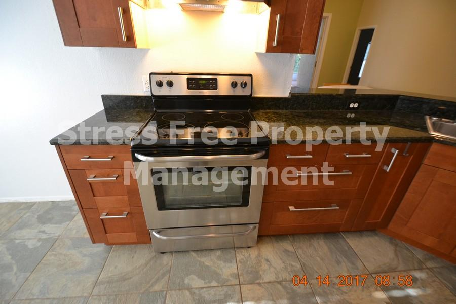 Countertop Dishwasher Bed Bath And Beyond : ... Woods Ct. - Stress Free Property Management - Tampa and Beyond